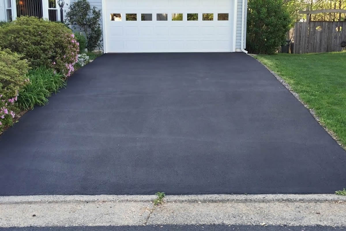 Why You Need an Asphalt Driveway