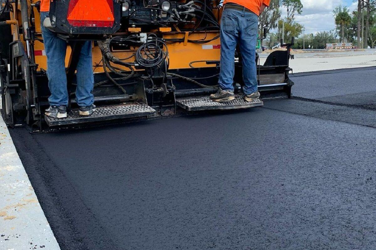 The Environmental Benefits of Using Asphalt for Paving in Orlando