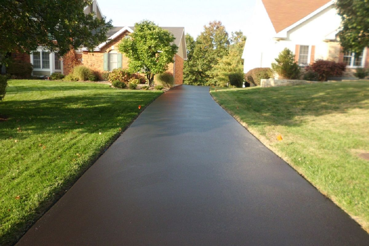 Why You Need a Paved Driveway for Your Residence