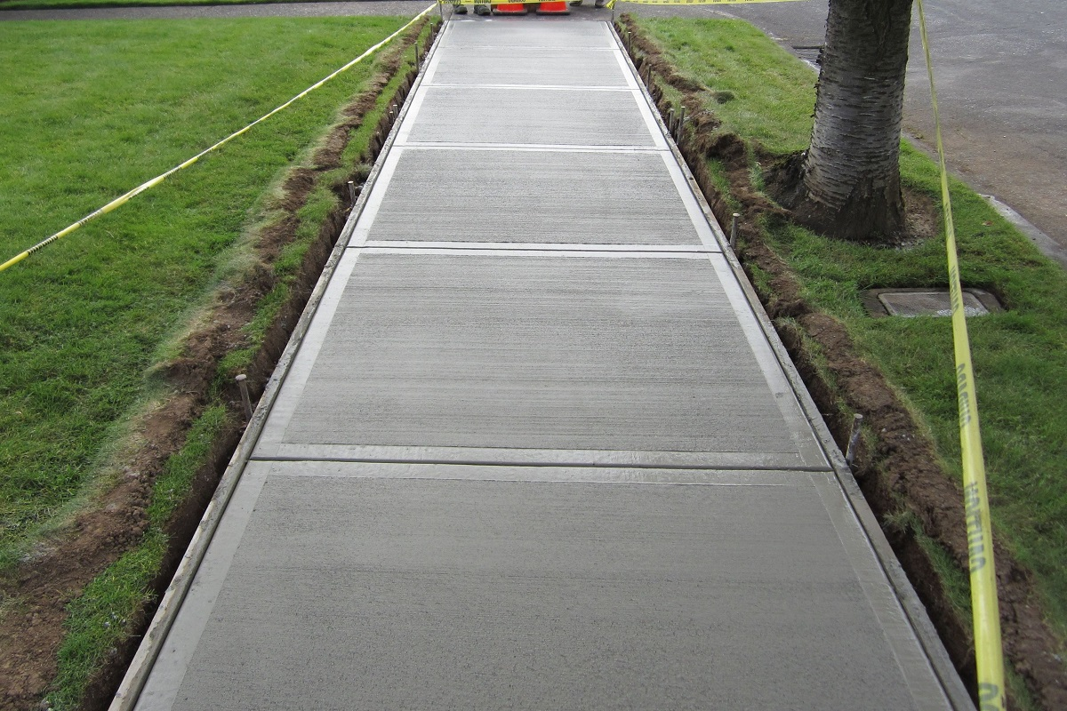 Sidewalks:  Why You Should Not Neglect Their Maintenance